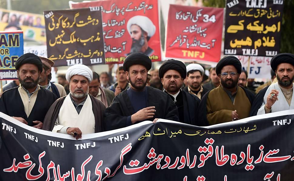 Protestos contra execução de clérigo xiita
