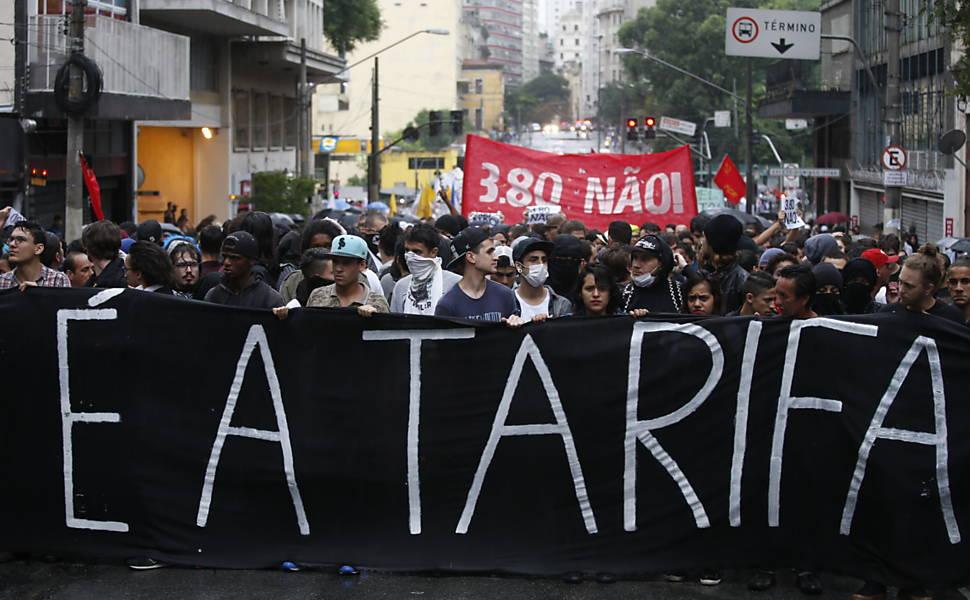 Protestos conta o aumento da tarifa