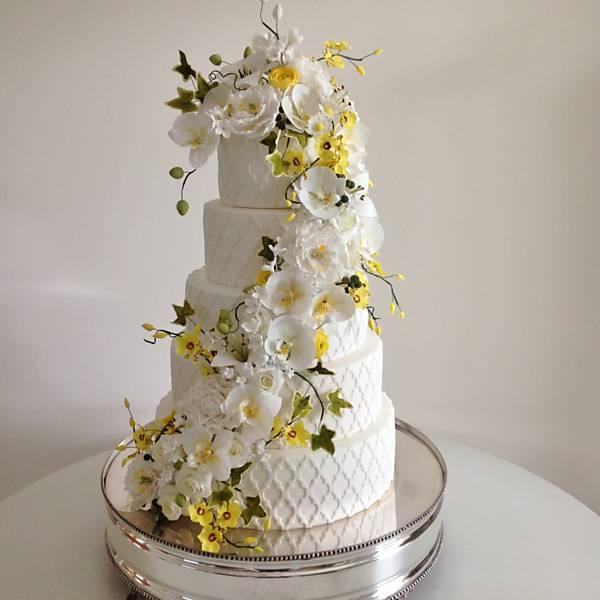 Noivas & Casamentos - Bufês, doces e bolos