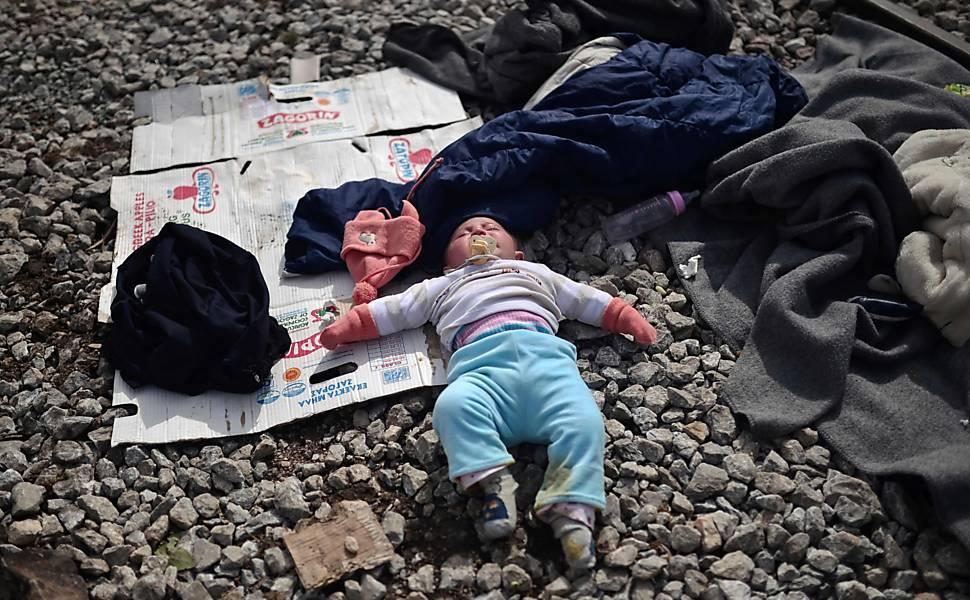 Acampamentos de imigrantes na Grécia