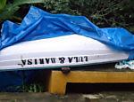 Barco com inscrição