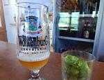 Cerveja da Wolkenburg, uma cervejaria artesanal que segue a lei de pureza da Bavaria (ou seja, usa apenas malte, lúpulo e água), em Cunha