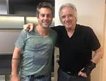Alexandre Nero e João Carlos Martins se conhecem nos bastidores do show; Nero vai interpretar o maestro e pianista em um filme