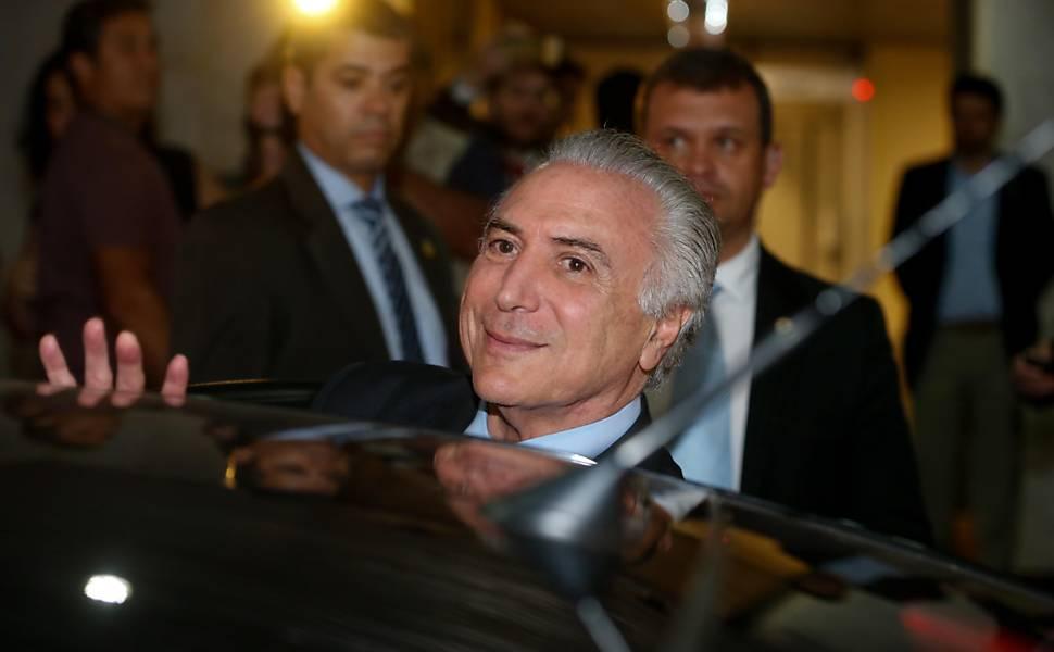 Temer recebe políticos em São Paulo