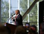 Pré-candidato republicano Donald Trump durante campanha em Spokane, Washington