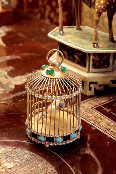 Veja fotos da casa que pertenceu a Coco Chanel