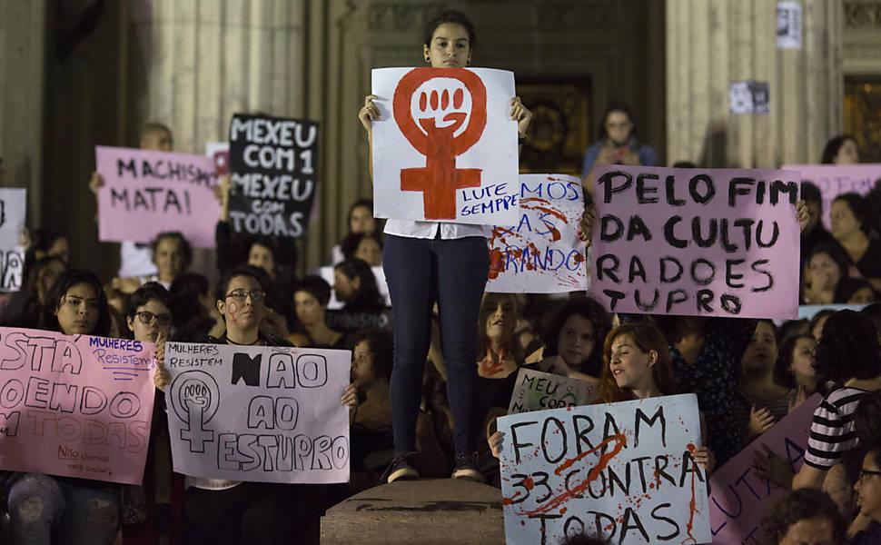 Relembre os atos contra o estupro em 2016