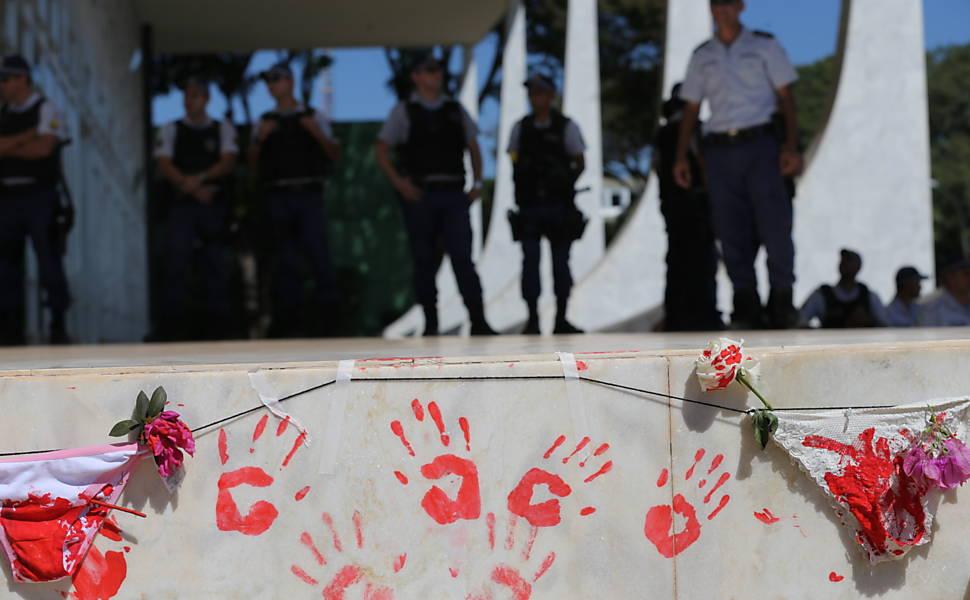 Marcha das Flores contra a cultura do estupro