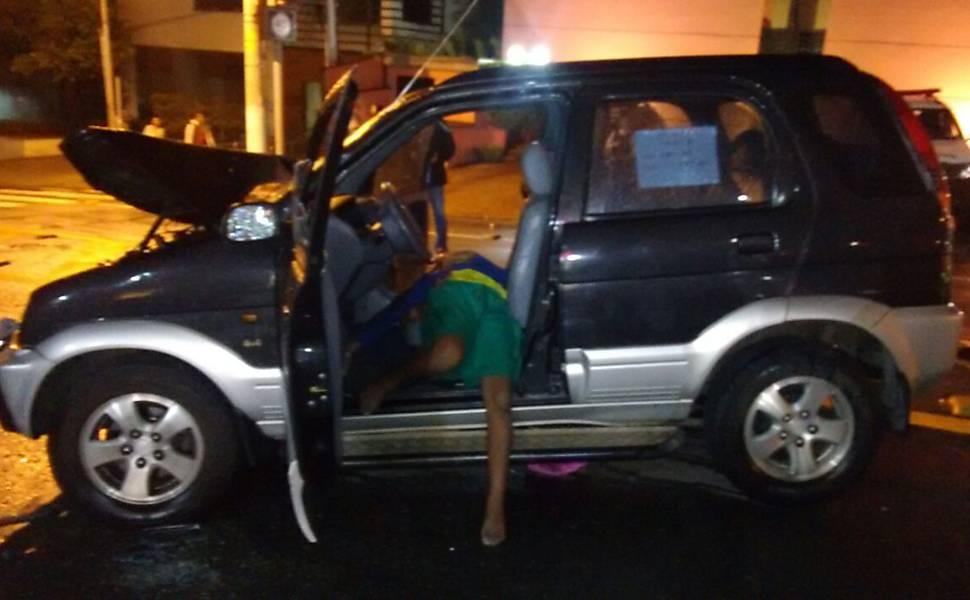 Menino de dez anos é morto pela PM após furtar carro