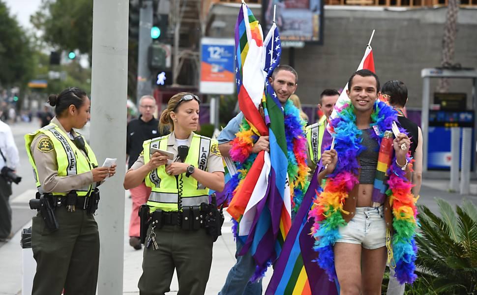 ... Parada do orgulho LGBT em Los Angeles (EUA) 37252f3b6c