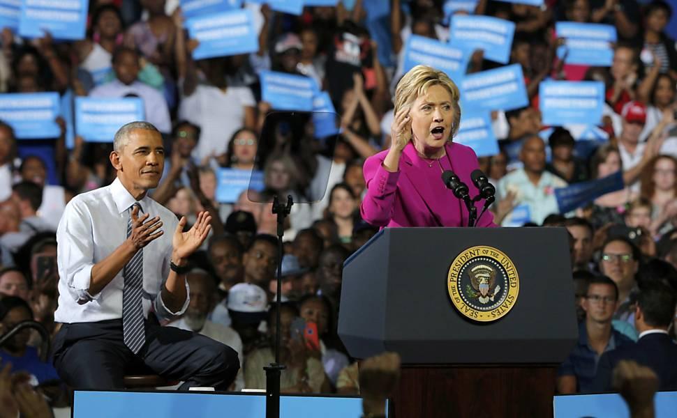Obama e Hillary Clinton em comício da campanha de 2016