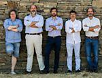 Os enólogos Francisco Ferreira, Rui Paula, Luis Olazabal, Vitor Matos e Dirk Niepoort, na Quinta de Nápoles; os cinco formaram a associação Douro Boys, para promover o vinho da região