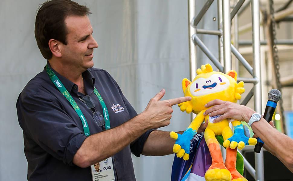 Eduardo Paes recebe a delegação australiana