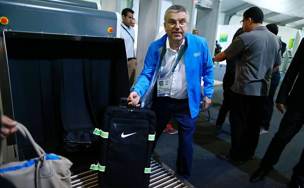 Thomas Bach na Vila Olímpica dos Jogos Rio-2016