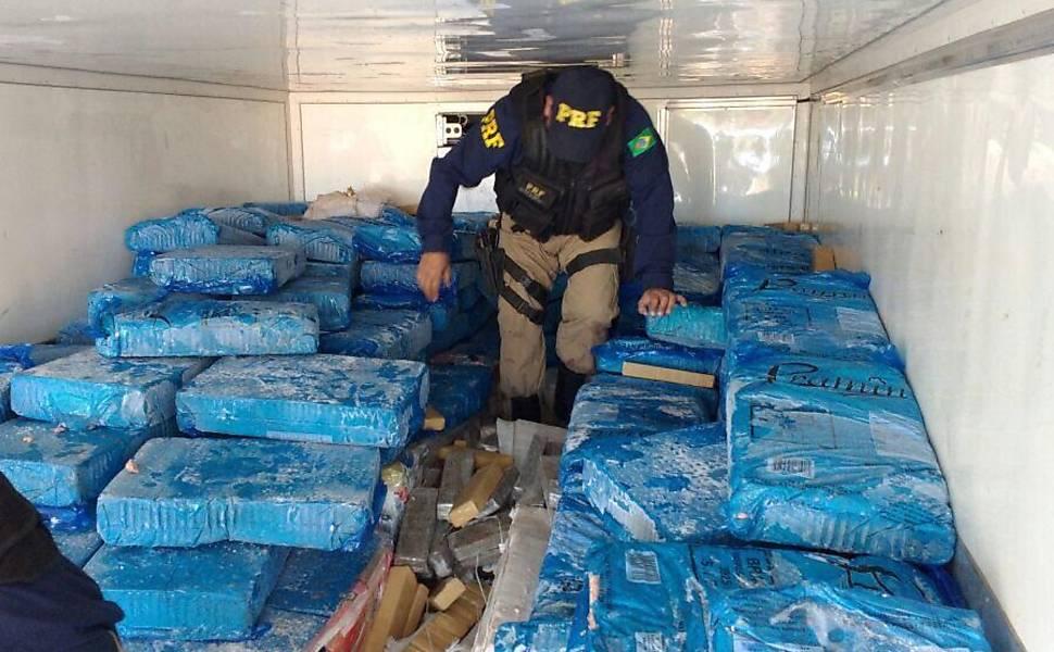 Polícia apreende 2,5 toneladas de maconha em MS