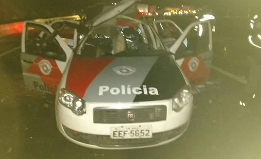 Carro da PM explodido por criminosos