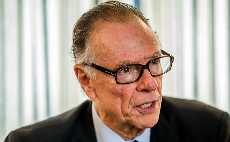Entrevista com o presidente do COB, Carlos Arthur Nuzman em hotel na Barra da Tijuca