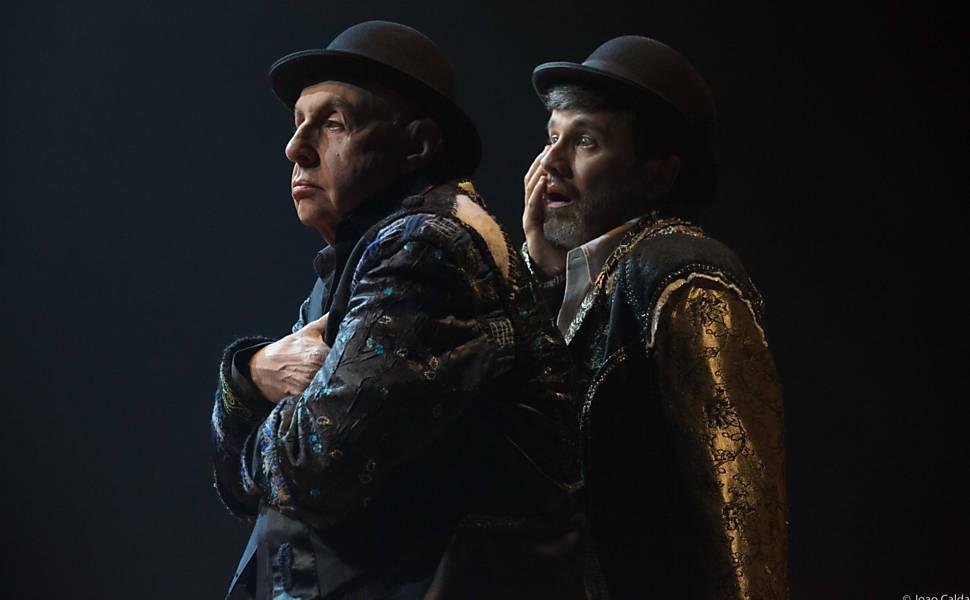 Montagem de 'Esperando Godot' com Elias Andreato e Claudio Fontana