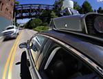 Carro autônomo do Uber dirige por Pittsburgh, nos Estados Unidos