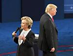 Hillary Clinton e Donald Trump durante o segundo debate das eleições 2016, realizado em 9/10