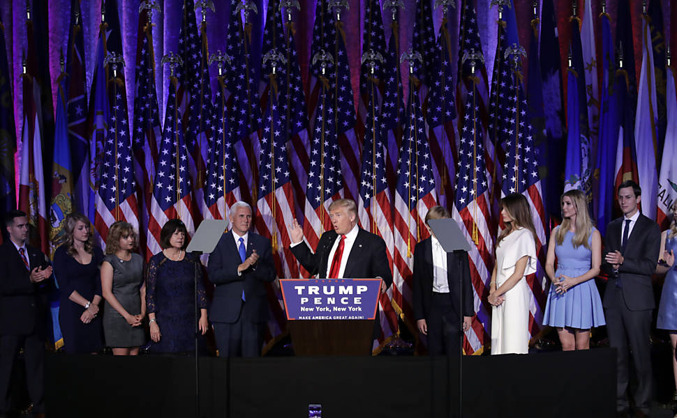 O presidente eleito Donald Trump discursa após resultado que confirmou sua vitória nas eleições dos EUA, no hotel Hilton Midtown, em Nova York
