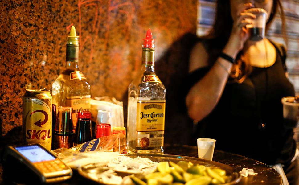 Em 2016, ensaio acompanhou venda de tequila na Augusta