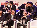 Da esquerda para a direita, de cima para baixo: o empresário Abilio Diniz, o jornalista Carlos José Marques, o juiz Sérgio Moro, o senador Aécio Neves (PSDB-MG), o ministro da Fazenda, Henrique Meirelles, o governador de SP, Geraldo Alckmin (PSDB) e o presidente Michel Temer (PMDB)