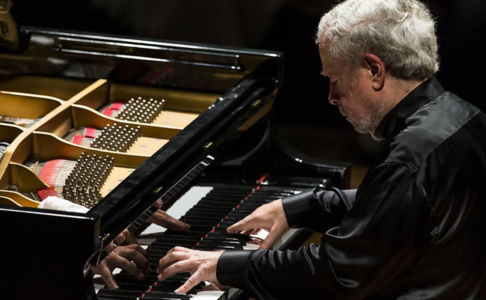 Concerto de Nelson Freire em Ilhabela