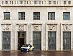 O edifício foi projetado a mando do empresário Francisco Matarazzo Júnior, e abrigou por anos a sede de suas indústrias