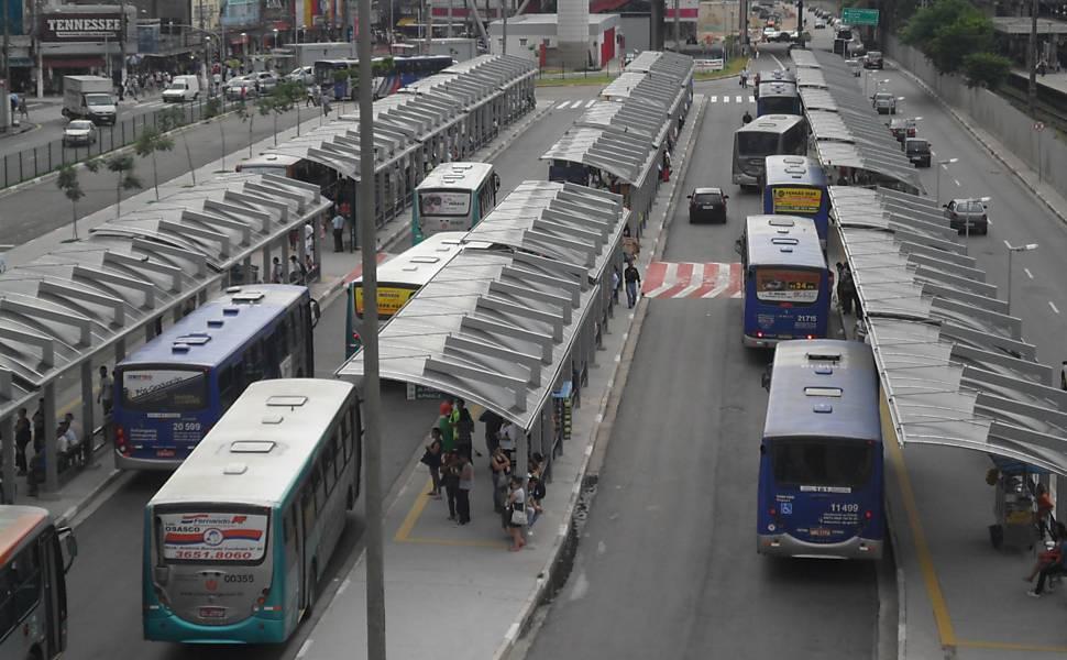 Ônibus na Grande SP