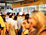Passageiros ficam presos na estação Faria Lima do metrô, na linha amarela