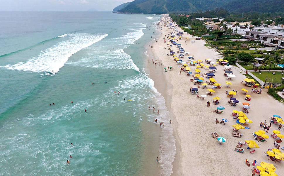 Praias Esvaziadas no Litoral Paulista