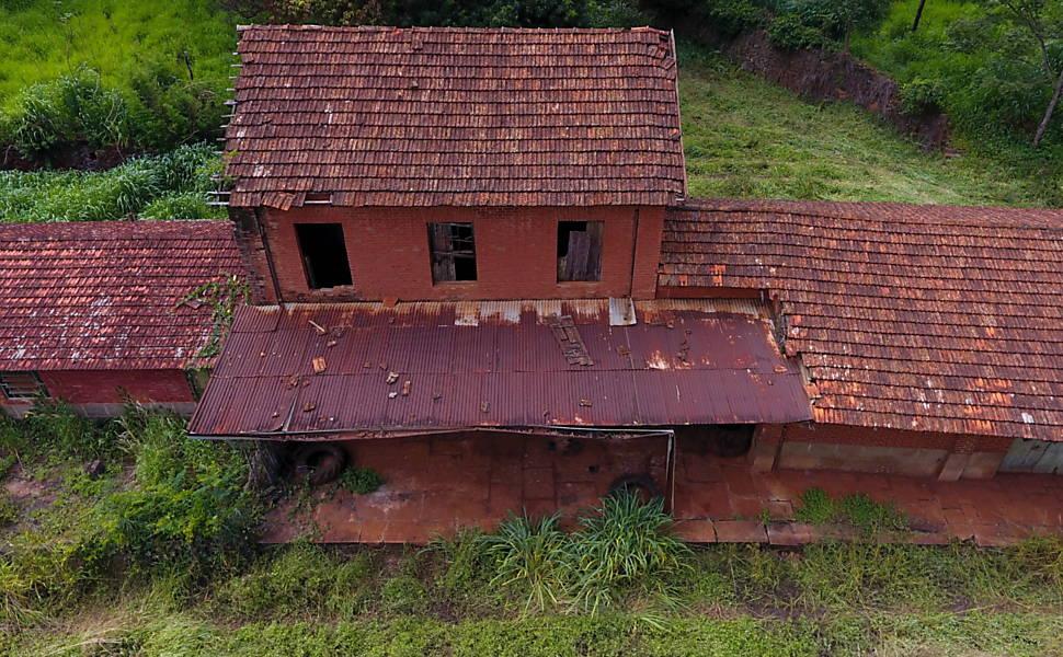 Estaciones de tren abandonadas