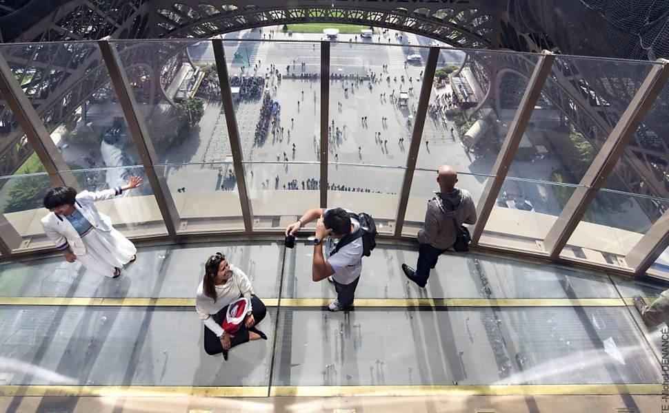 Veja cinco mirantes com chão de vidro pelo mundo