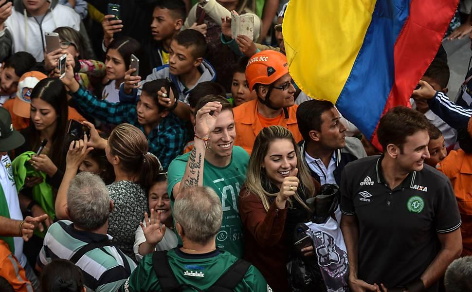 Homenagem aos jogadores da Chapecoense na Colômbia