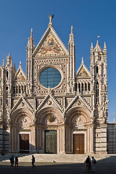 Veja cinco duomos na Itália