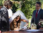 Cena do casamento Ritinha, personagem de Ísis Valverde, e Ruy, vivido por Fiuk