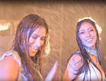 Simone e Simaria no videoclipe da música