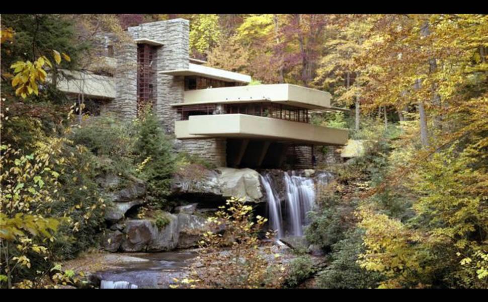A casa sobre uma cascata considerada a 'melhor obra de arquitetura dos EUA'