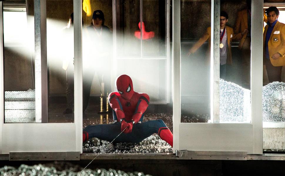 Cenas de Homem-Aranha: De Volta ao Lar