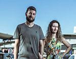 O casal Eduardo Zart, 36, e Cássia Fre, 31: