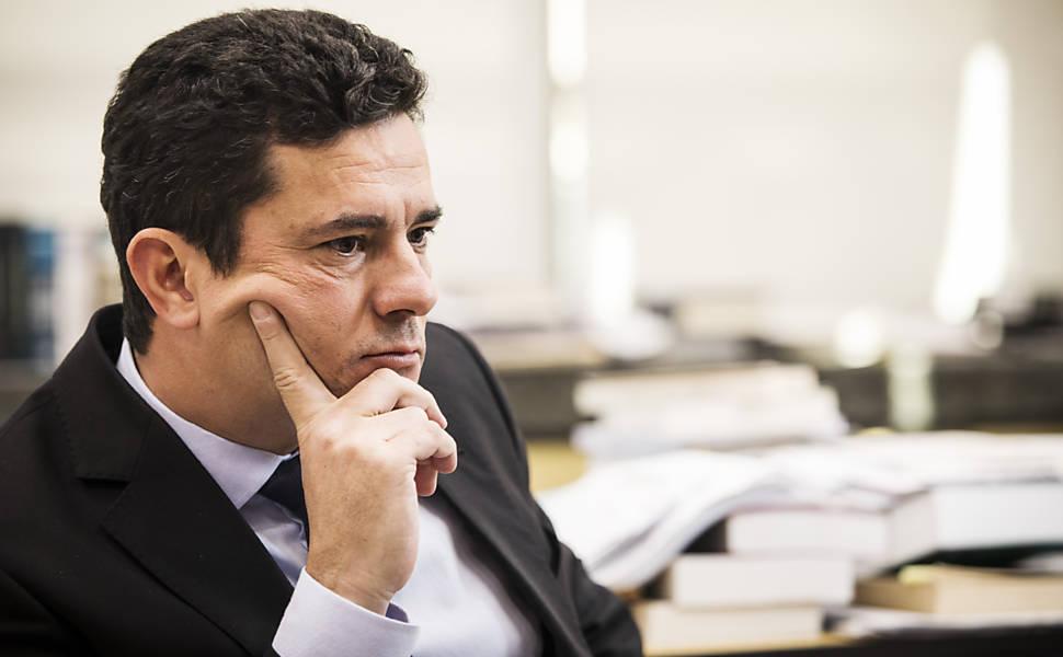 Juiz Sergio Moro durante entrevista liderada pela Folha para o grupo internacional de jornalismo colaborativo