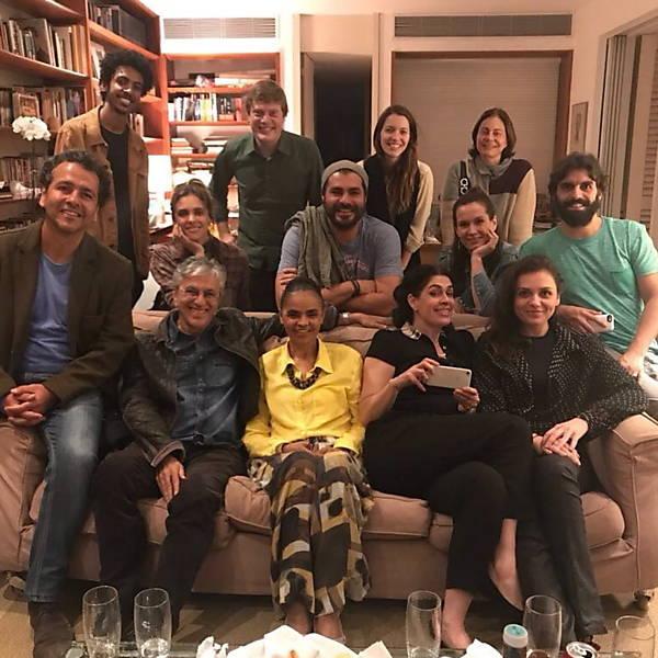 Reuniões no apartamento de Paula Lavigne e Caetano Veloso