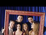 Imagem promocional com o elenco de Friends