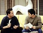 Matt LeBlanc e Matthew Perry em cena de Friends
