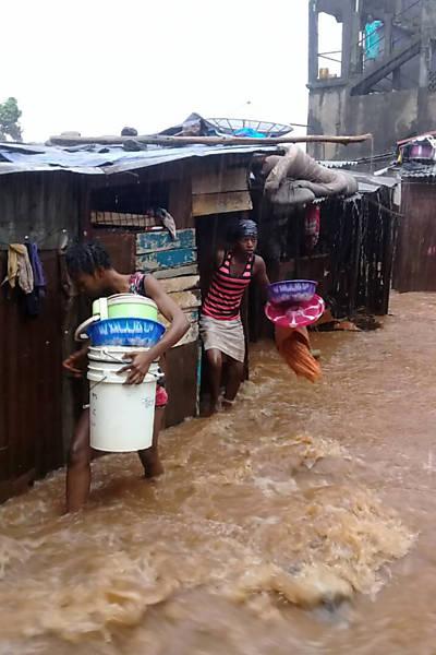 Deslizamento de terra em Serra Leoa