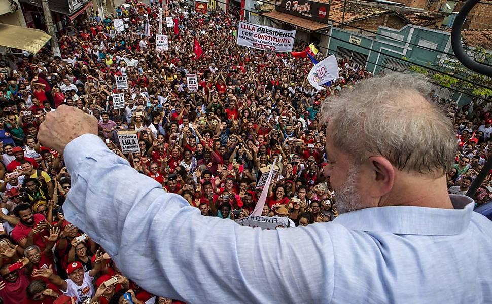Resultado de imagem para Lula diz que governo Temer 'destruiu a construção civil'