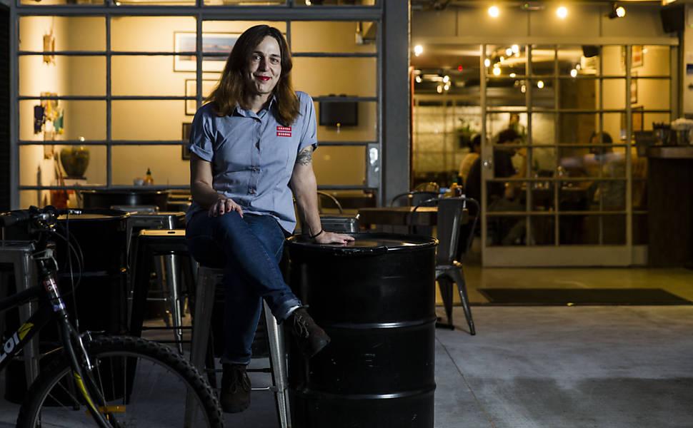 Pequenas empresas se abrem para pessoas trans