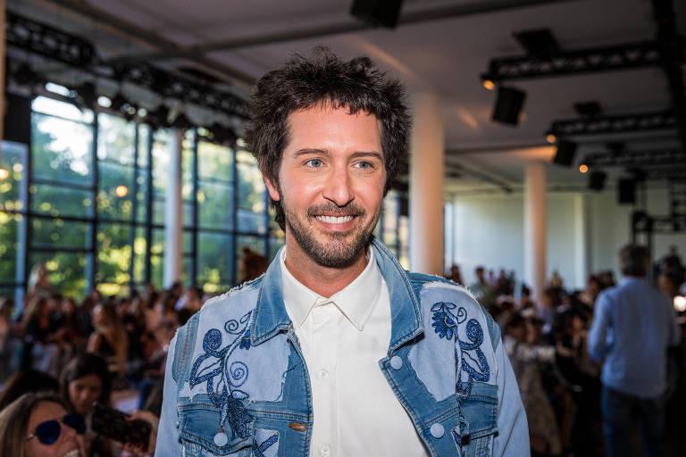 O consultor de moda e apresentador Arlindo Grund