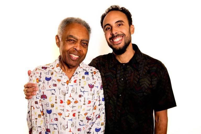 O cantor Gilberto Gil e seu filho Bem, idealizador do projeto 'Refavela40'